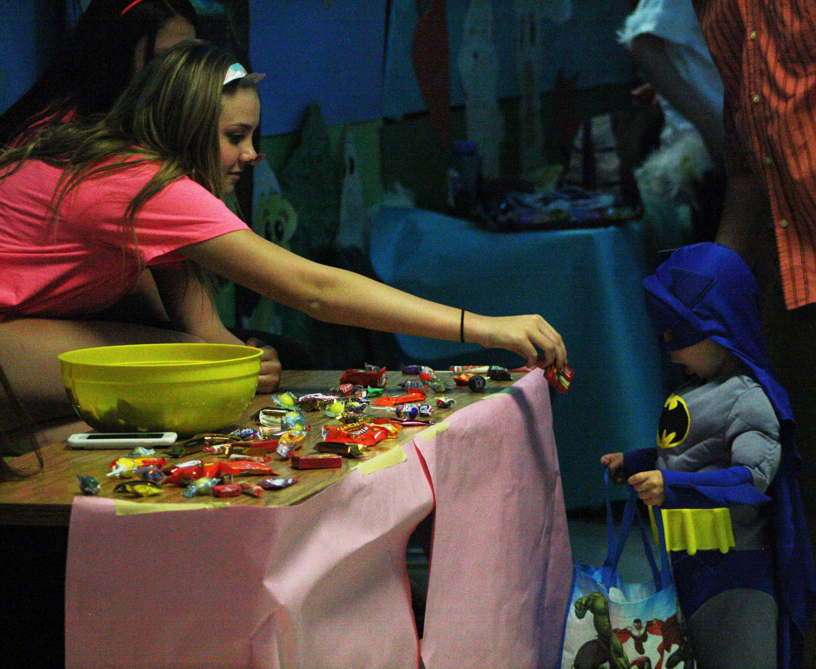 PHOTOS: Trick or Treat Street