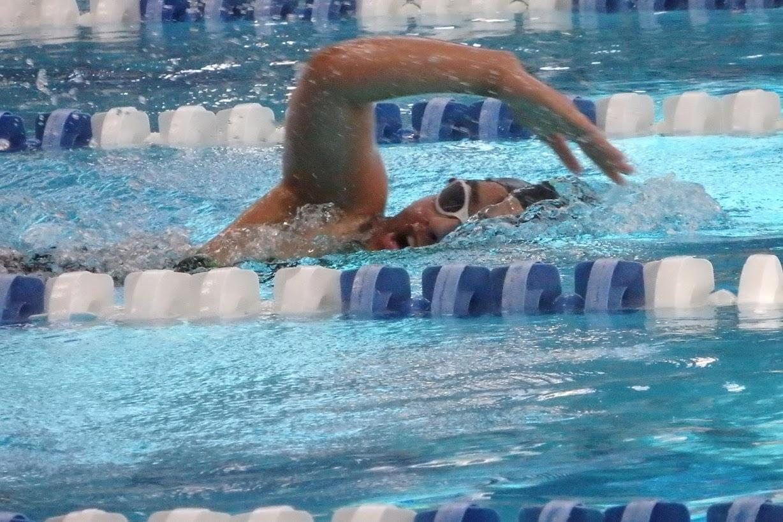 Womens Swim and Dive Takes Down ThunderRidge