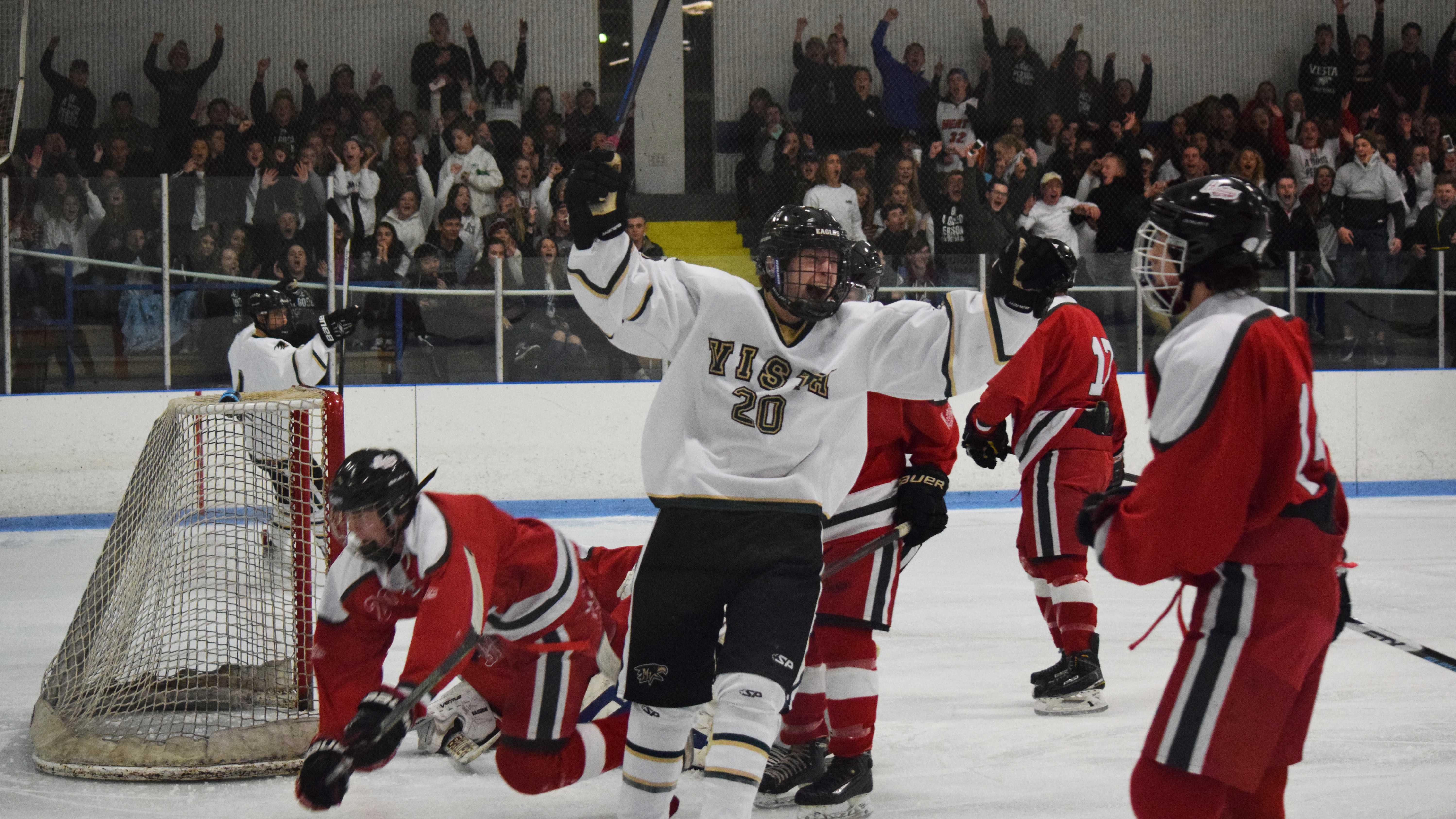 """PHOTOS: Men's Hockey vs. Heritage """"Eagle Cup"""""""