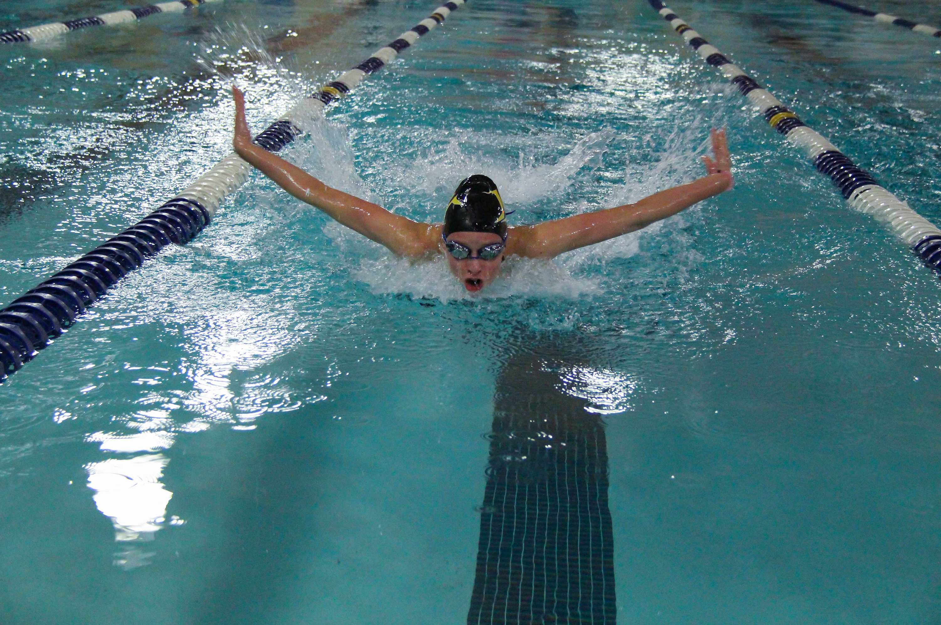 Womens Swim & Dive is Off to a Busy Start