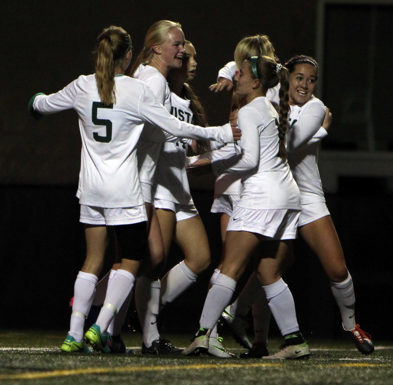 PHOTOS: Womens Soccer vs. Highlands Ranch High School